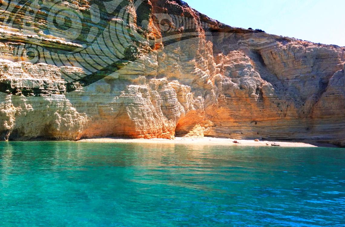 unique daily yacht excursion delos - rhenia
